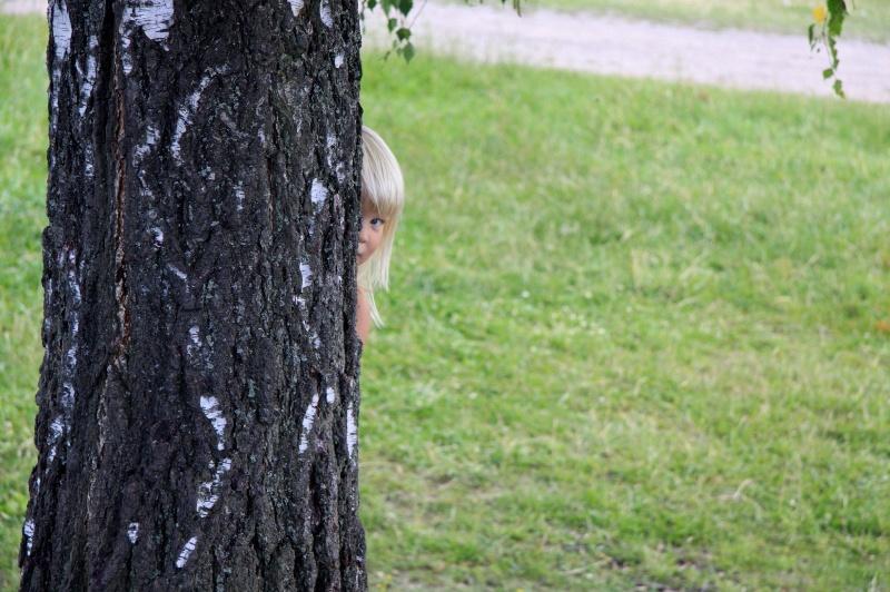Alva gömmer sig