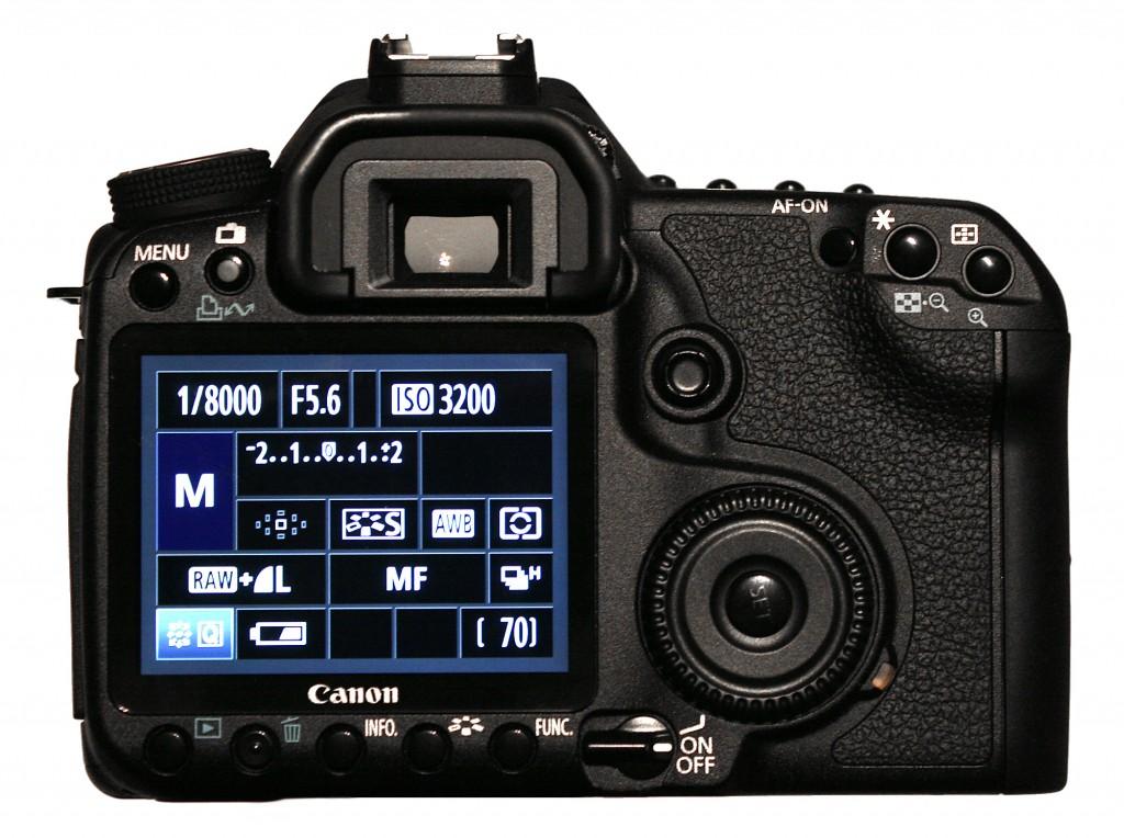Canon_EOS_50D_black_bak